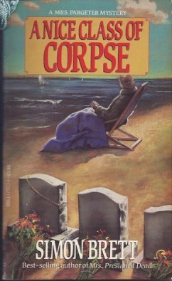 A Nice Class of Corpse - Simon Brett; Dell, 1990